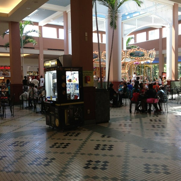 Pembroke Mall Food Court Hours