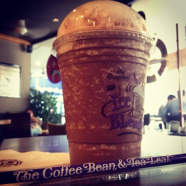 Photo taken at The Coffee Bean by Kay Cheong N. on 1/2/2014