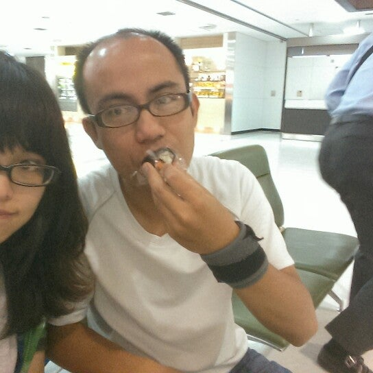 Photo taken at Departure Lobby - Terminal 2 by Tungw on 8/31/2015