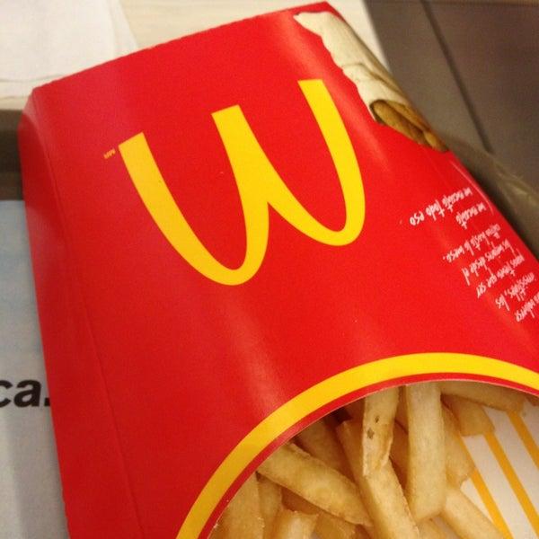 Photo taken at McDonald's by Jaime P. on 7/11/2013