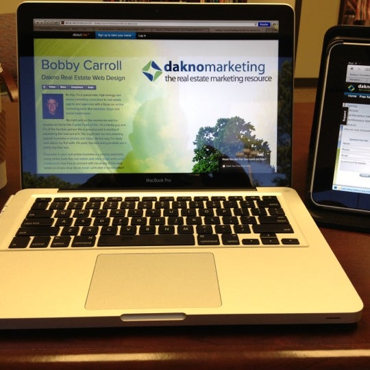 Photo taken at Dakno Marketing by Bobby C. on 10/10/2012