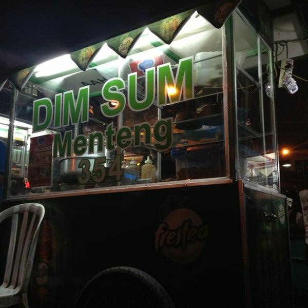Dim Sum 354. A must have kalo udah disini.