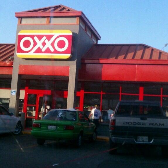 oxxo gas station essence monterrey. Black Bedroom Furniture Sets. Home Design Ideas