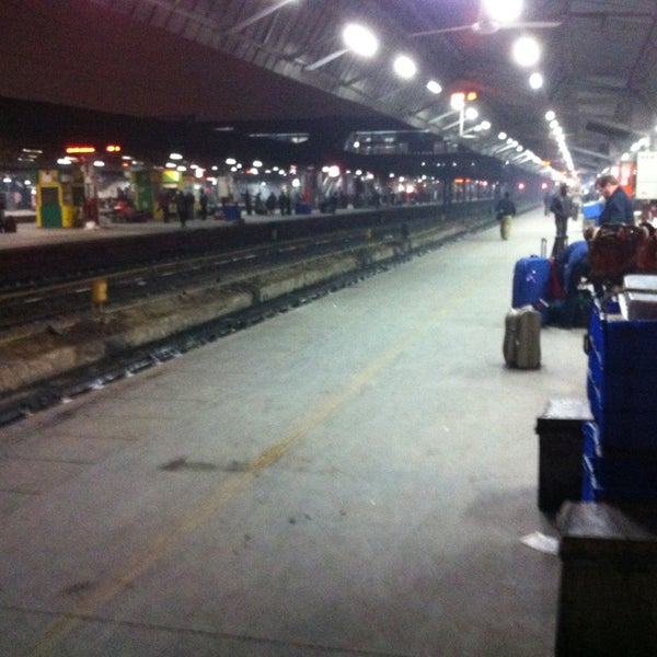 Photo taken at New Delhi Railway Station (NDLS) by Ajay G. on 1/4/2013
