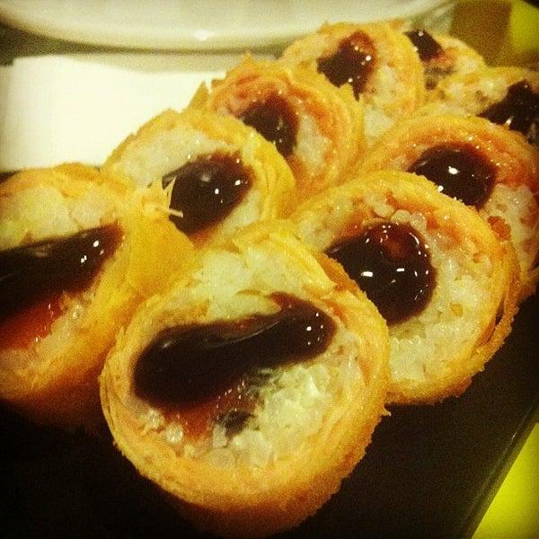Photo taken at Japa Food by Fernando V. on 11/29/2012