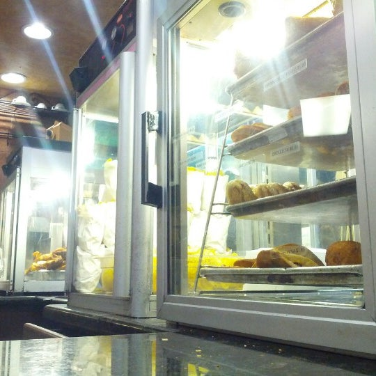 Photo taken at Havana Restaurant by Rachel W. on 11/17/2012
