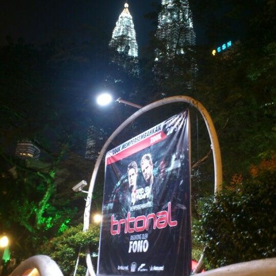 Photo taken at Zouk Club Kuala Lumpur by Saboor A. on 9/28/2012