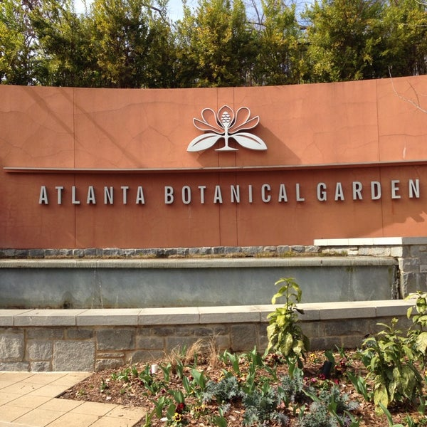 Photo taken at Atlanta Botanical Garden by Carl T. on 2/22/2014