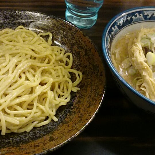 Photo taken at 味噌や 元住吉店 by Hiroshi S. on 3/5/2014