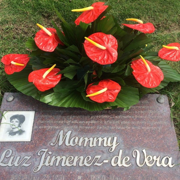 Photo taken at Manila Memorial Park by Raul d. on 2/15/2015