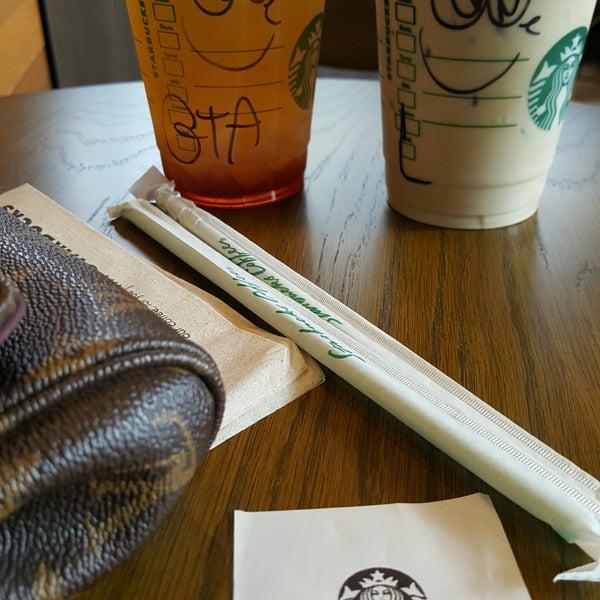Photo taken at Starbucks by Tana P. on 9/25/2016