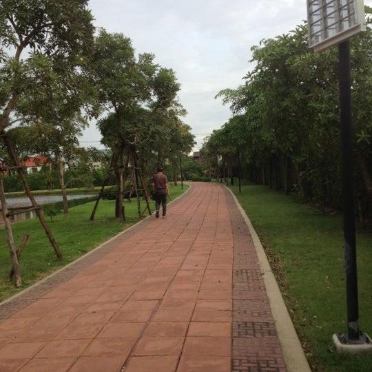 Photo taken at สวนวนธรรม by SongSaijang p. on 11/19/2012
