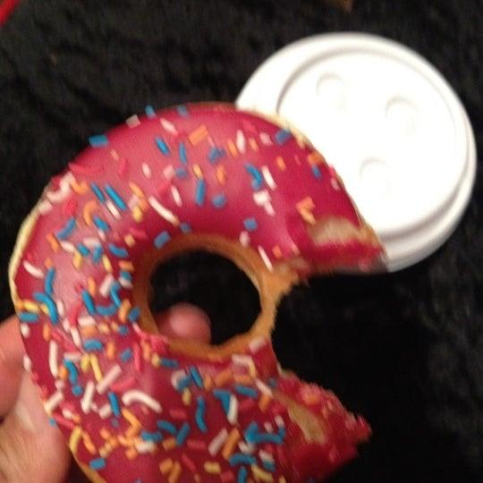 Photo taken at Dunkin Donuts by Jasem on 5/1/2012