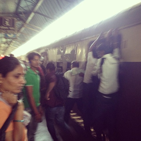 Photo taken at Dadar Railway Station by Difei 6. on 1/6/2013