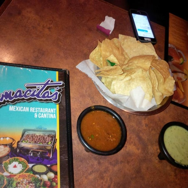 Photo taken at Mamacitas Mexican Restaurant by Akien'o E. on 5/28/2016