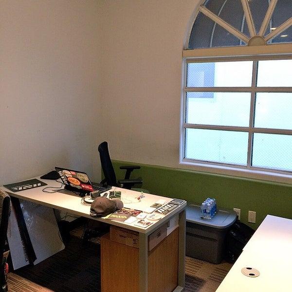 coworking. Black Bedroom Furniture Sets. Home Design Ideas