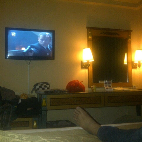 Photo taken at Hotel Gajahmada Graha by batre e. on 12/13/2013