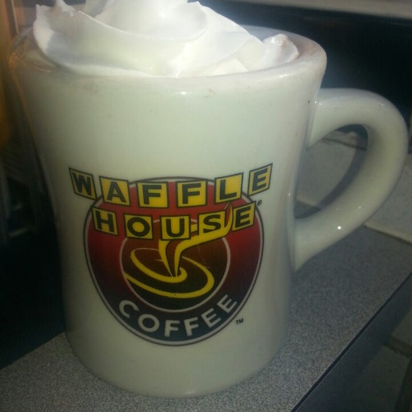 Photo taken at Waffle House by Ann G. on 3/2/2014