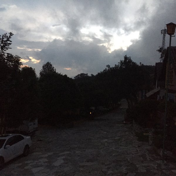 Photo taken at Villa Alpina El Chalet by Pachini C. on 6/18/2016