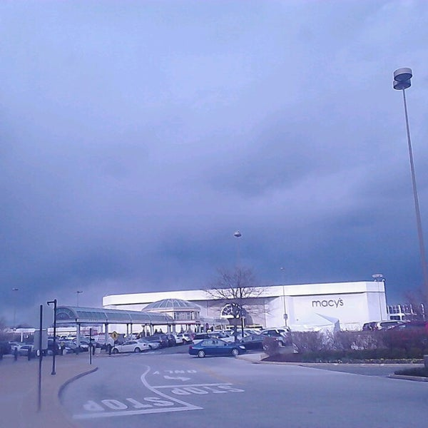 Photo taken at King of Prussia Mall by Kasual O. on 3/26/2013