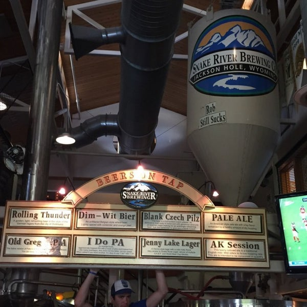 Photo taken at Snake River Brewery & Restaurant by Anty K. on 8/15/2015