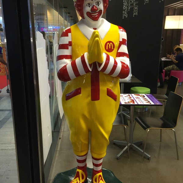 Photo taken at McDonald's by KT M. on 5/13/2016