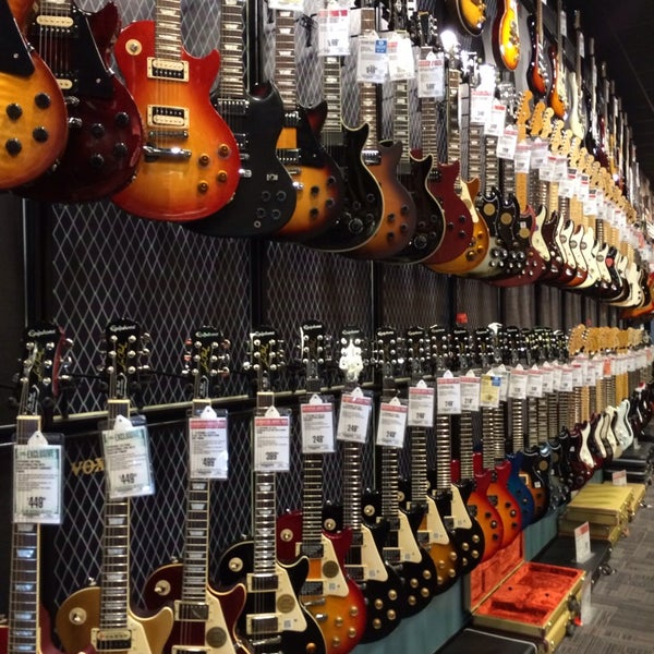 guitar center music store in omaha. Black Bedroom Furniture Sets. Home Design Ideas