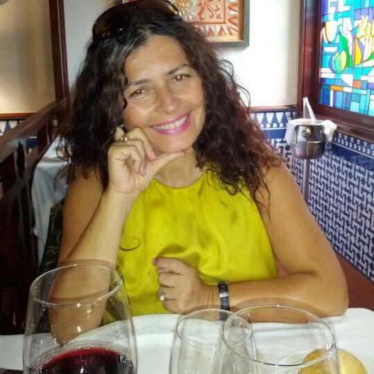 Photo taken at Restaurante El Caballo Rojo by Juan P. on 9/2/2012
