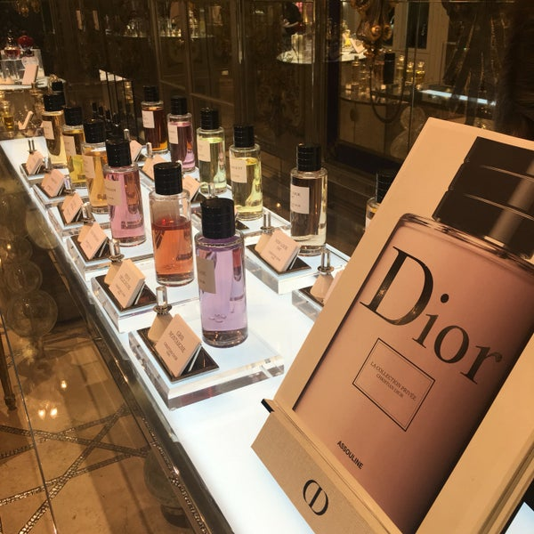 Photo taken at Christian Dior by Walaa ~. on 8/15/2016