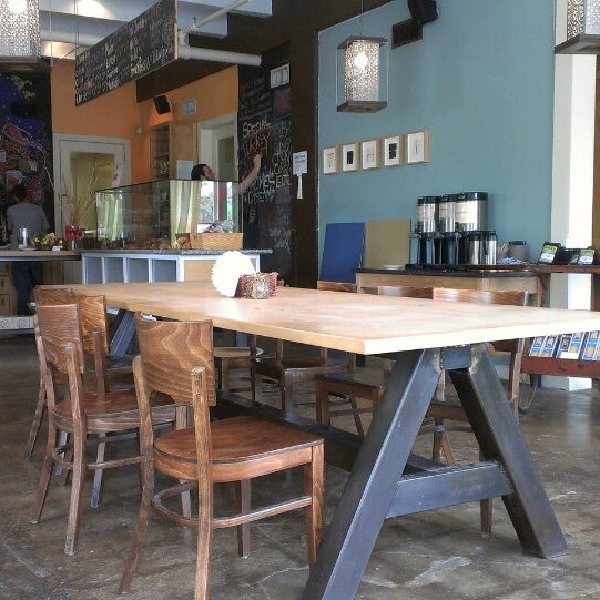 Did You Know About The 7 Celebration Cake At Olive Garden: Kraftsmen Bakery & Cafe