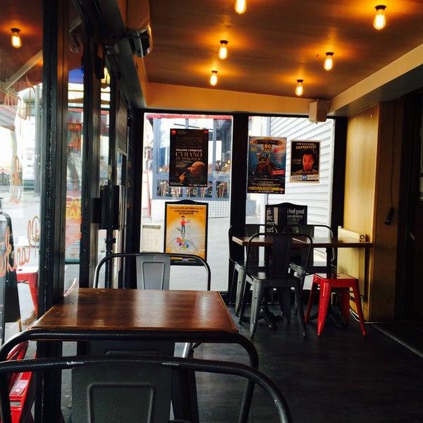 Le marigny porte saint martin 53 boulevard st martin - Restaurant boulevard saint martin ...