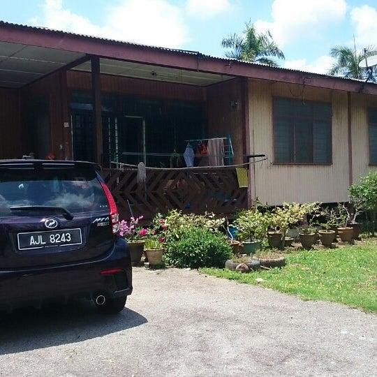 Photo taken at Felda Residence Trolak, Sungkai by Saadah N. on 4/25/2014