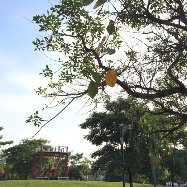 Photo taken at Taman Rekreasi Pudu Ulu by Janell A. on 3/7/2015
