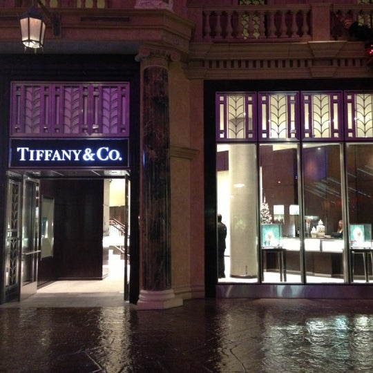 Tiffany co the strip las vegas nv for Jewelry jobs las vegas
