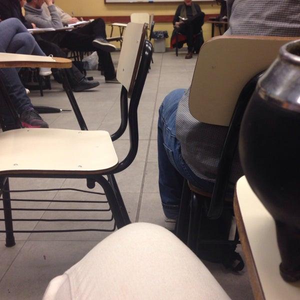 Foto tomada en Facultad de Psicología - Udelar por Gime M. el 9/5/2014