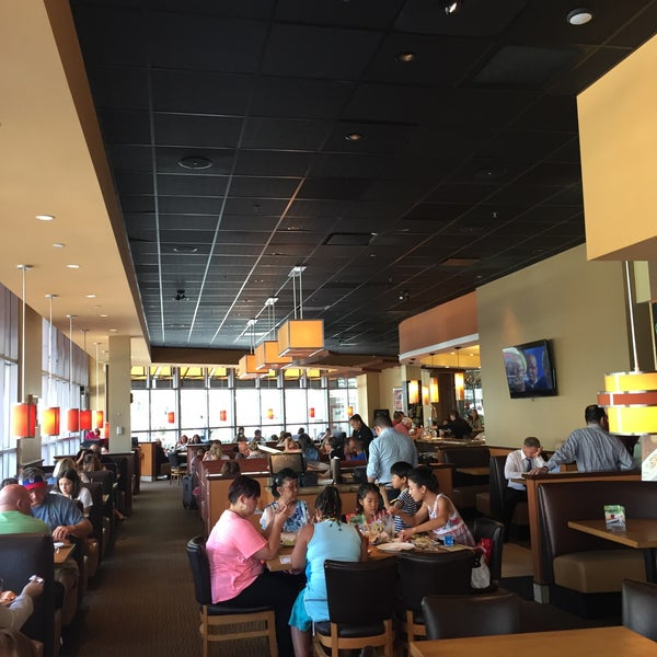 Photo taken at California Pizza Kitchen at Prudential by AMIR G. on 8/8/2016