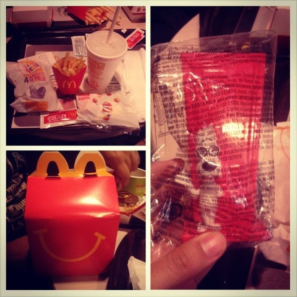 Photo taken at McDonald's by Camila V. on 3/13/2014