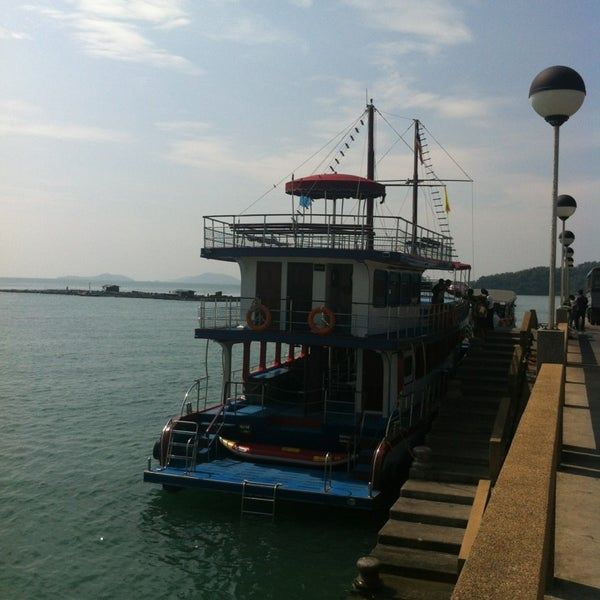 Photo taken at ท่าเรืออ่าวปอ (Ao Por Pier) by Asia Travel Partner Thailand P. on 1/25/2013