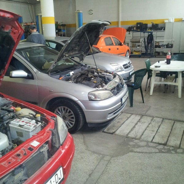 Auto garage 39 opel rakovica 39 autowerkstatt in prishtine for Garage opel morestel