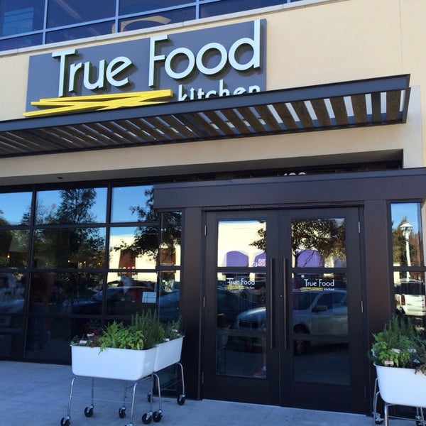 True Food Kitchen American Restaurant in Dallas