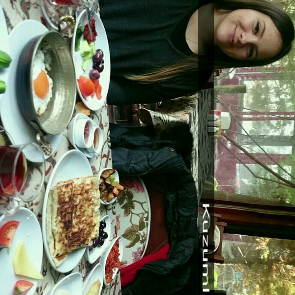 Photo taken at Yavuz'un Yeri by Merve M. on 1/8/2017