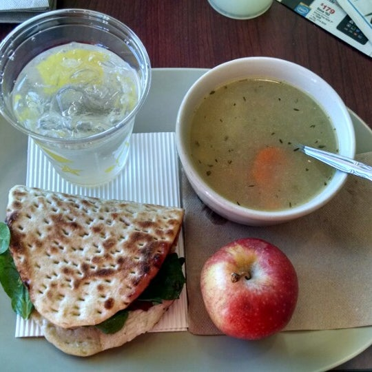 Photo taken at Panera Bread by Dmitry C. on 10/12/2014