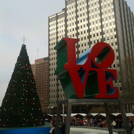 Das Foto wurde bei Christmas Village von justin w. am 12/1/2012 aufgenommen