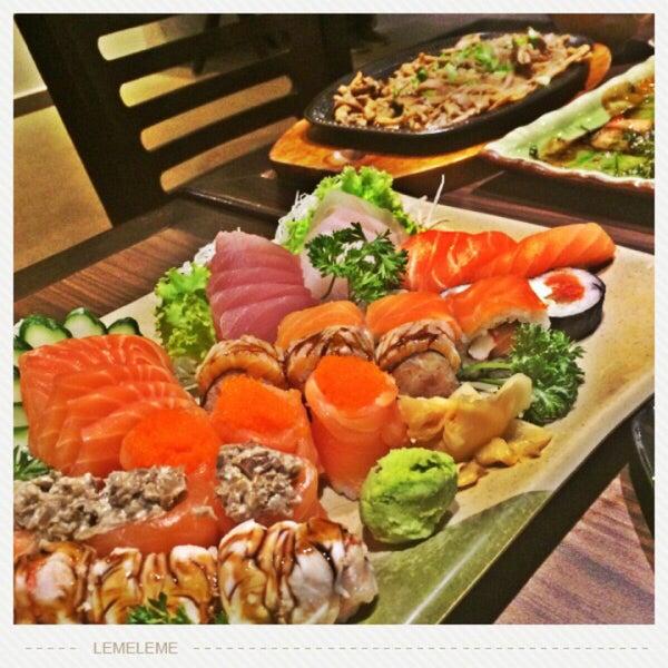Se você procura comida japonesa fora do convencional, venha experimentar a culinária da casa. Uma mistura de temperos exóticos com criatividade. Aqui é possível dizer que cozinhar é uma arte.