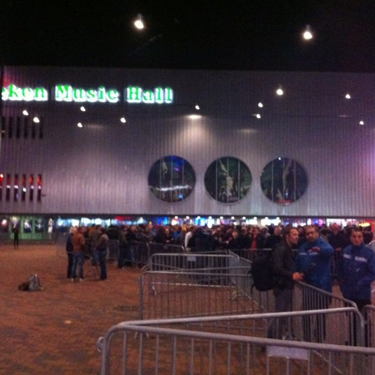 Photo taken at Heineken Music Hall by Birgitte D. on 11/12/2012