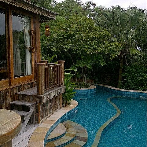 Photo taken at Santhiya Resort And Spa Koh Phangan by Sylvi R. on 10/2/2012