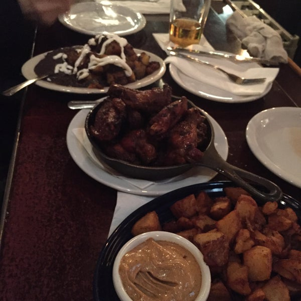 Some killers plantains, fried potatoes, chicken wings and calamari! Don't forget the sangria