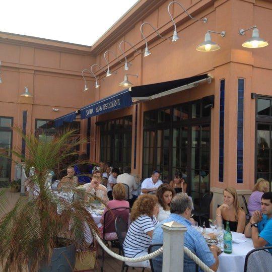 Photo taken at Sirena Ristorante by Larry B. on 8/4/2012
