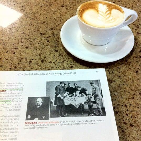 Photo taken at Avoca Coffee by Dana on 8/28/2012