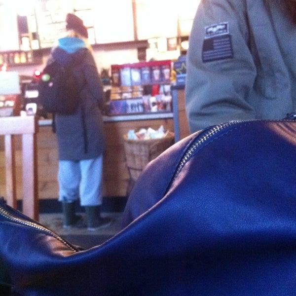 Photo taken at Starbucks by Ilayda O. on 1/3/2015